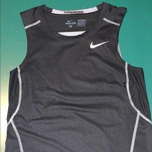 Nike hypercool tank top undershirt